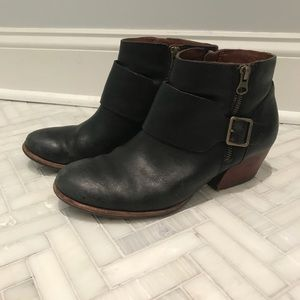 Kork-Ease Isa Ankle Bootie in Black Leather
